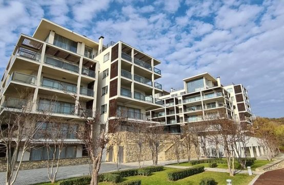 Millionärs Club Penthouse am Meer in Obzor